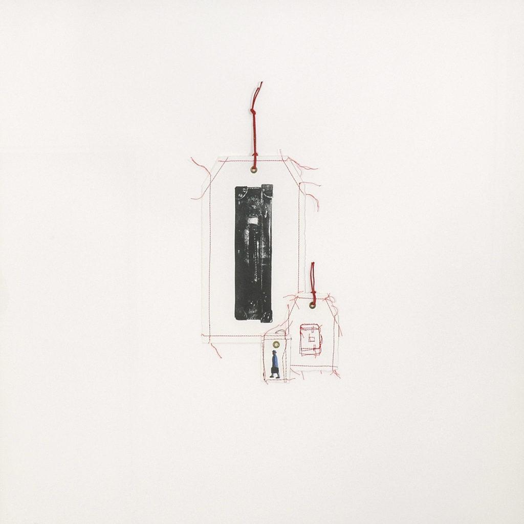 Litografía, impresión digital, costura. 70 x 70 cm. 2007